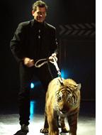 Master Magician Greg Frewin